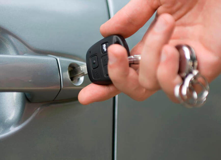 Tasman Key Service can help with your car keys or locked car
